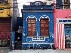 Old house at Celso Garcia Avenida (Sao Paulo / Brazil)