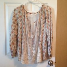 Umgee Floral Print Top The back is lace & the front buttons up. Very comfy shirt! I believe it's a large, there's not a size tag on it. Umgee Tops Blouses