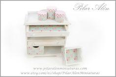 Mueble TILDA para casa de muñecas, escala 1/12. OOAK. de PilarAlenMiniaturas en Etsy