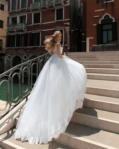 """♥️WEDDING DRESS ♥️ (@anna_sposa) trên Instagram: """"Luxurious Keitline dress"""""""