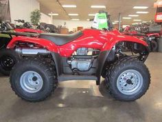 New 2016 Honda FourTrax® Recon® ES ATVs For Sale in North Carolina. Every craftsman knows that if you use the right tool for the job, life is a lot easier. But that's a secret plenty of people forget when they're looking at utility ATVs. Bigger isn't always better, but it is usually more expensive and that is why the Honda Recon is going to be the smartest choice lots of ATV riders will ever make. Why? You see the Recon is a powerful, versatile, rugged ATV with a smaller footprint…