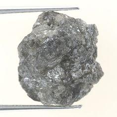 8.64 CTS RAW UNCUT NATURAL  Grayish COLOR ROUGH DIAMOND PIECE