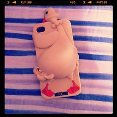 Photo by _alessia_spina_  #moschino #luisa #gennarino #iphone #cover #case    Pin, Repin