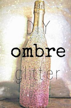 3. #DIY #OmbreGlitter #Bottle: Perfect for any bridal shower, bach party, or in your bridal suite!: