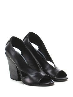 PANTANETTI - Scarpa con tacco - Donna - Scarpa con tacco open toe in pelle vintage con suola in cuoio, tacco 105 in legno. - NERO - € 298.00
