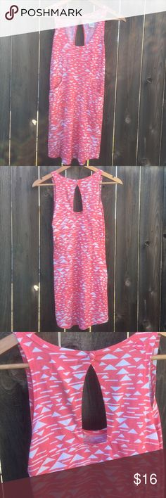 "BILLABONG PINK DRESS SZ S BILLABONG dress SZ S pink/ white print front length 24"", armpit to armpit 15"" front pockets keyhole back could also just wear as top good condition! Billabong Dresses Mini"