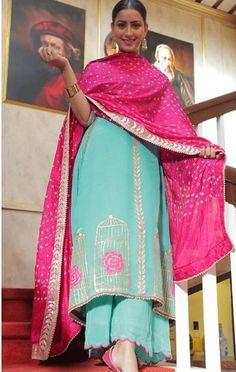 Beautiful handpainting suit for more details dm please Punjabi Suits Designer Boutique, Boutique Suits, Indian Designer Suits, Indian Suits, A Boutique, Embroidery Suits Punjabi, Embroidery Suits Design, Kurti Embroidery, Patiala Suit Designs