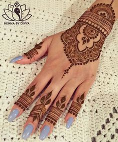 Beautiful and Easy Mehndi Designs for Eid Celebration - Henna / Mehndiiii - Indian Henna Designs, Eid Mehndi Designs, Wedding Mehndi Designs, Mehndi Designs For Fingers, Beautiful Henna Designs, Latest Mehndi Designs, Henna Tattoo Designs, Henna Tattoos, Simple Henna Tattoo