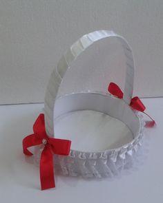 CE_74 Cesta para Bodas Blanca Roja