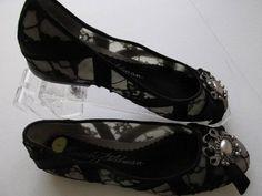Beverly Feldman Black Lace Beaded Brooch Flats Shoes 6 M #BeverlyFeldman #Mules #Casual