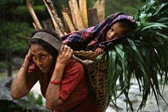 """""""Mother and Child"""" (Nepal) from Steve McCurry"""