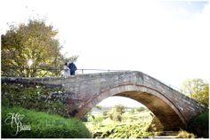 Danby Castle, Duck Bridge, North Yorkshire, Engagement photoshoot, pre-wedding photoshoot, wedding bridge, engagement, katie byram photography, engagement ideas