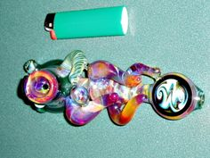 Dope ass pipe wit sic ass colors, √ it out