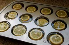Freeze Lemon Slices in a Cupcake Pan for Large Ice Cubes Meant for Pitchers 34 Creative Kitchen Hacks That Every Cook Should Know Fun Drinks, Yummy Drinks, Party Drinks, Summer Beverages, Winter Drinks, Summer Cocktails, Refreshing Drinks, Mixed Drinks, Creative Kitchen