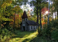 "Church in the woods - abandoned Estonian Evangelical Lutheran Church, in the Lincoln County east of Bloomville, Wisconsin Source: siskokid (flickr) brian_nz: ""Similar to photo recently posted """