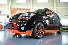 Kia Soul - black and orange