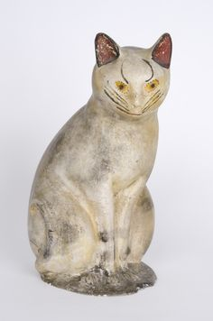 Seated Cat - Pennsylvania, 19th century - Plaster of paris (chalkware), polychrome decoration