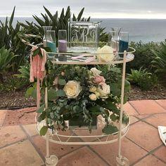 Rose Wedding, Garden Wedding, Sand Ceremony, Cabbage Roses, Garden Projects, Glass Vase, Shabby, Gardening, Weddings