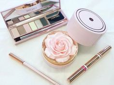 This Rose Highlighter Is Blowing Up On Instagram