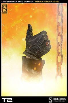 Sideshow\'s Terminator Premium Format Figure bring Arnold Schwarzenegger to life, recreating the dramatic final fight from Terminator 2 Judgment Day Terminator Tattoo, T 800 Terminator, Terminator Movies, Skynet Terminator, Man In Black, Badass Movie, Science Fiction, Predator Alien, Movie Poster Art