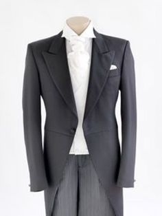 The lapels and monochromatic shirt and cravat is spectacular! #fatherofthebrideoutfit #father #of #the #bride #outfit #father #of #the #bride #outfit #formal