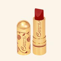 1946 - Red Velvet Lipstick ( http://marvelsagentcarter.tumblr.com/post/104360293349/an-actual-peggy-carter-starter-pack-x )