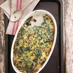 In Januarie moet jy kreatief werk ná die oordaad van Kersfees. Quiche Recipes, Tart Recipes, Cooking Recipes, Yummy Recipes, Oven Chicken Recipes, Dutch Oven Recipes, South African Recipes, Ethnic Recipes, Spinach And Feta