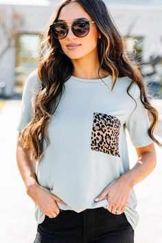 You will be feeling your best in this easy comfy top! That casual fit is super comfy and that pop of leopard on the pocket is so much fun! Cute Middle School Outfits, Middle School Fashion, Short Long Dresses, Teenage Girl Outfits, Country Outfits, Cute Casual Outfits, Aesthetic Clothes, Fashion Boutique, Sophisticated Fashion