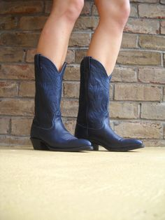 RESERVED Vintage NOCONA Women's Cowboy Boots Navy Blue Size 6.5