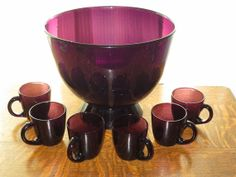 Vintage 1960 Amethyst Hand Blown Glass Punch Bowl & 6 Glasses on Etsy… Purple Glass, Black Glass, Punch Bowl Set, Cranberry Glass, Coloured Glass, Antique Glassware, Rose Tea, Indiana Glass, Cake Plates