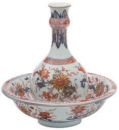 Garrafa com taça em porcelana Companhia das Índias. Dec..