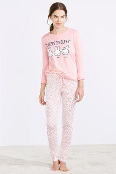 women'secret | BACK TO CLASS | Pijama largo de Miffy en algodón Cute Pajama Sets, Cute Pjs, Cute Pajamas, Crop Top Y Shorts, Pijamas Women, Pajamas All Day, Night Suit, Girls Sleepwear, Cute Comfy Outfits