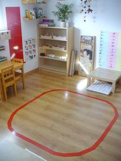 Petite révolution ici ! Depuis quelques semaines, Alexandre (18 mois) a accès à notre salle d'activités Montessori. En effet, je tiens à pro...