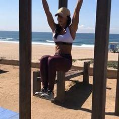 Beach Core Workout 1. 10 each side 2. 15-20each side 3. 10 Reps 4. 10 Reps each 3-4 rounds #alexiaclark #queenofworkouts #queenteam #fitforHisreason
