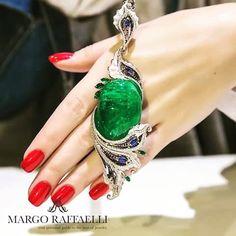 lovelevel_jewelry#jewelry #jewellery #juwelen #kuyumculuk #bijoux #vogue #art #design #gold #inspiration #Lovelevel #love #beautifull #amazing #style #sweet #great #princess #instajewelry #romantice #highjewelry #exclusive #loveleveljewelry #margoraffaelli