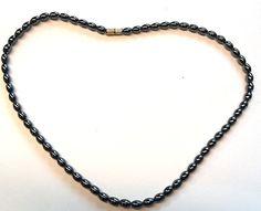 vintage jewelry stone by Emmalishop Hematite Necklace, Stone Necklace, Stone Jewelry, Beaded Necklace, Black Necklace, Vintage Jewelry, Chain, Etsy, Beautiful