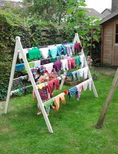 Home Discover Estendal exterior / Outside clothes line Outdoor Projects Home Projects Backyard Projects Outdoor Ideas Backyard Ideas Outdoor Clothes Lines Clothes Drying Racks Pool Towels Pool Houses