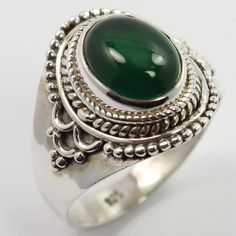 925 Sterling Silver Tribal Art Ring Size US 7.25 Real GREEN ONYX Gemstone ! Gift #Unbranded