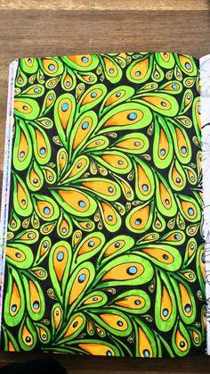 Doodle Art Designs, Doodle Patterns, Zentangle Patterns, Zentangles, Art Sketches, Art Drawings, Frida Art, Art And Hobby, Pen Art