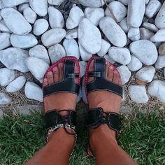 Registro de mais uma cliente feliz com sua sandália JM. Obrigado  @lucimarvivi. ADOREI! !!