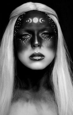 modern witch 13 Witch Makeup Looks Bewitching It Girls Are Wearing This Halloween Sfx Makeup, Costume Makeup, Makeup Art, Pink Makeup, Makeup Shop, Purple Witch Makeup, Evil Makeup, Makeup Brushes, Goth Makeup