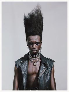 Estilo e rock 🤟 Por Afro Punk Fashion, Portrait Photography, Fashion Photography, Elle Us, Vogue Us, Contemporary Photography, Donna Karan, Photoshoot, Photo And Video