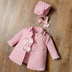Baby Girl Dresses Diy, Baby Girl Frocks, Newborn Girl Outfits, Frocks For Girls, Baby Dress, Kids Outfits, Baby Girl Fashion, Toddler Fashion, Kids Fashion