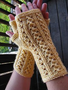 Ravelry: Project Gallery for Jubilee Mitts pattern by Rachel Brown Rachel Brown, Knitting Designs, Fingerless Gloves, Arm Warmers, Knits, Ravelry, Projects, Pattern, Fashion