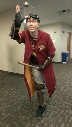 Awesome Harry Potter Quidditch Cosplay!