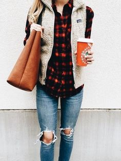 Cute weekend outfit.