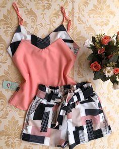 #atacado #moda #look #modagoiania#model #luxo #vestidos #coresradiantes #euusogirassol #apaixonada #lookdodia #fashion #tendencias…