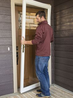 Learn How-To Install a LARSON Storm Door.