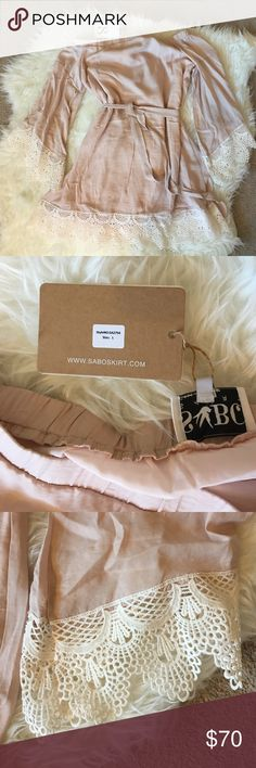 OTS boho pink mini dress sabo skirt new with tags Such a pretty off the shoulder dress. Lost my window to return this.  Size L Sabo Skirt Dresses Long Sleeve