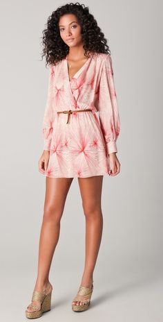 love this -  although defs need pants or leggings underneath- too short for me lol